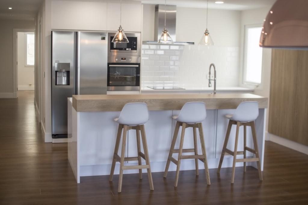 Venezuela barra cocina el blog de inmobiliaria for Altura barra cocina